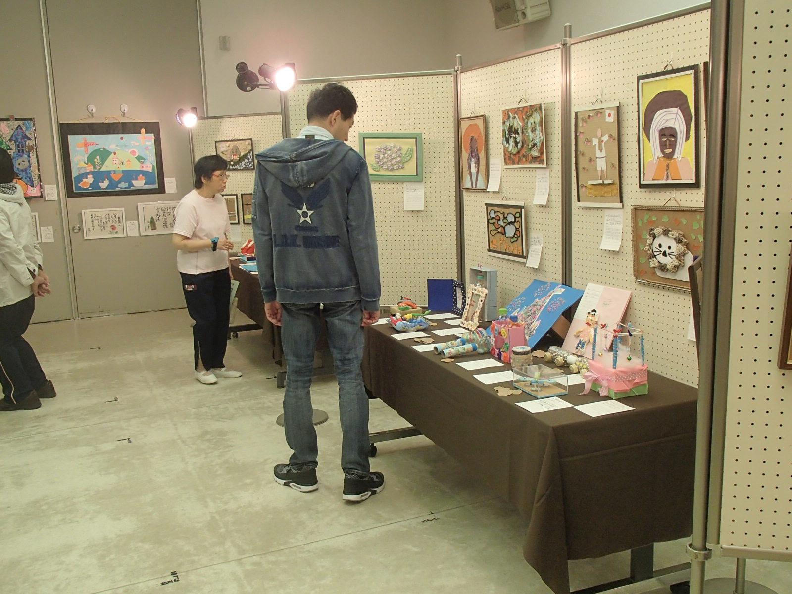 1025ラポール美術展 033.JPG
